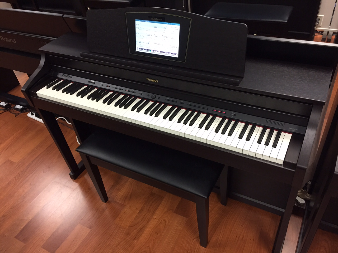 roland hpi 50e interactive digital piano used capital music. Black Bedroom Furniture Sets. Home Design Ideas